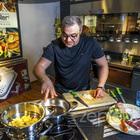 Herec Martin Zounar vaří v nádobí Zepter